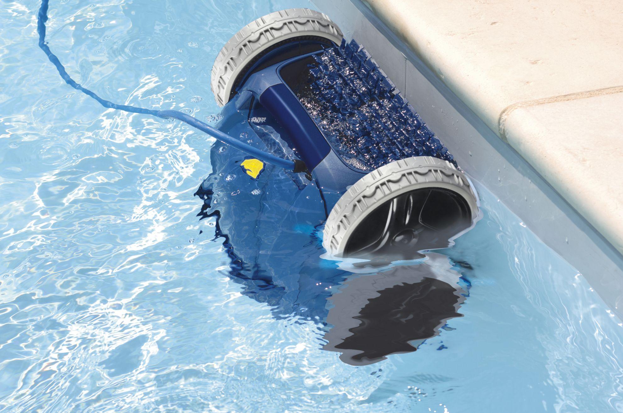 Уборочная техника для бассейна